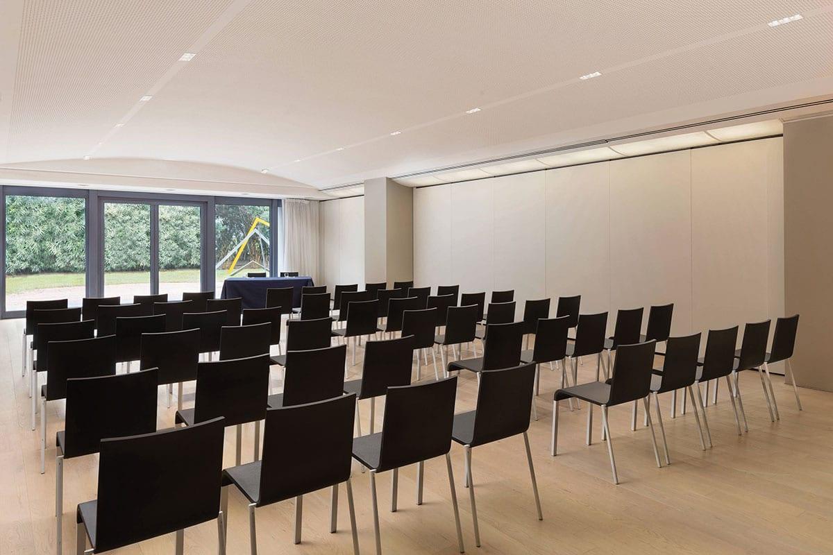 Isolamento acustico sala riunioni Hotel Sheraton – Lago di Como