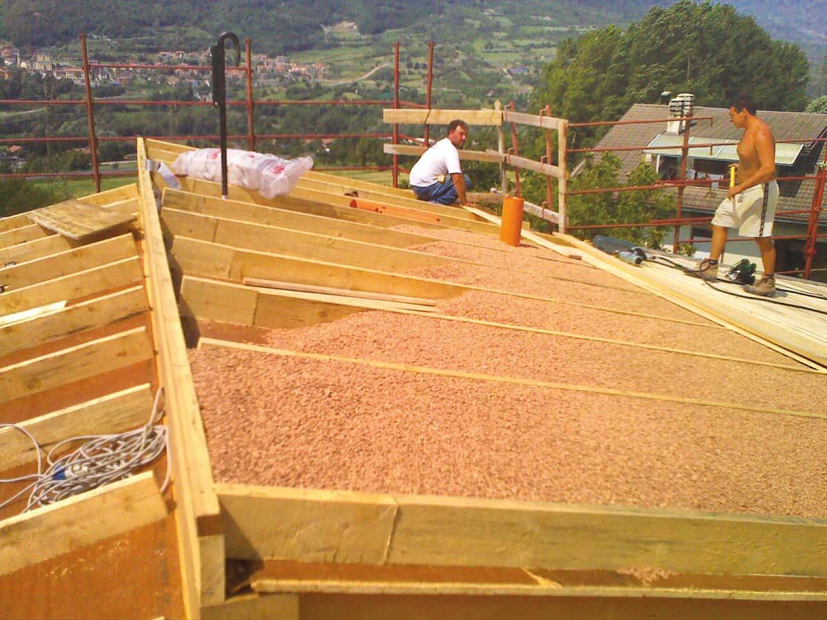 Copertura In Legno Isolata : Isolare il tetto con il sughero coverd sughero bioedilizia