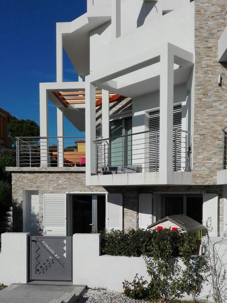 Casa sostenibile con con rivestimento a cappotto esterno in sughero BioVerd