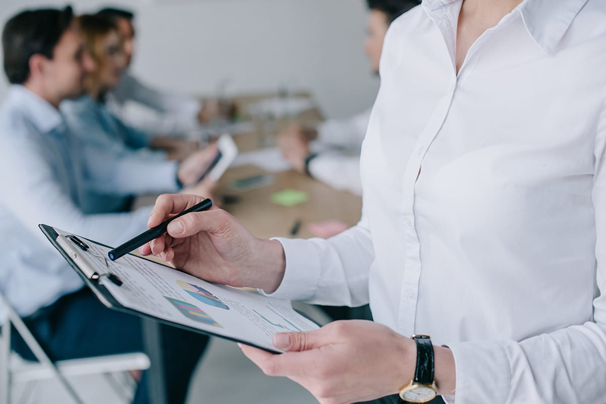 KoGraf quadro fonoassorbente personalizzabile per il trattamento acustico delle sale conferenze e uffici
